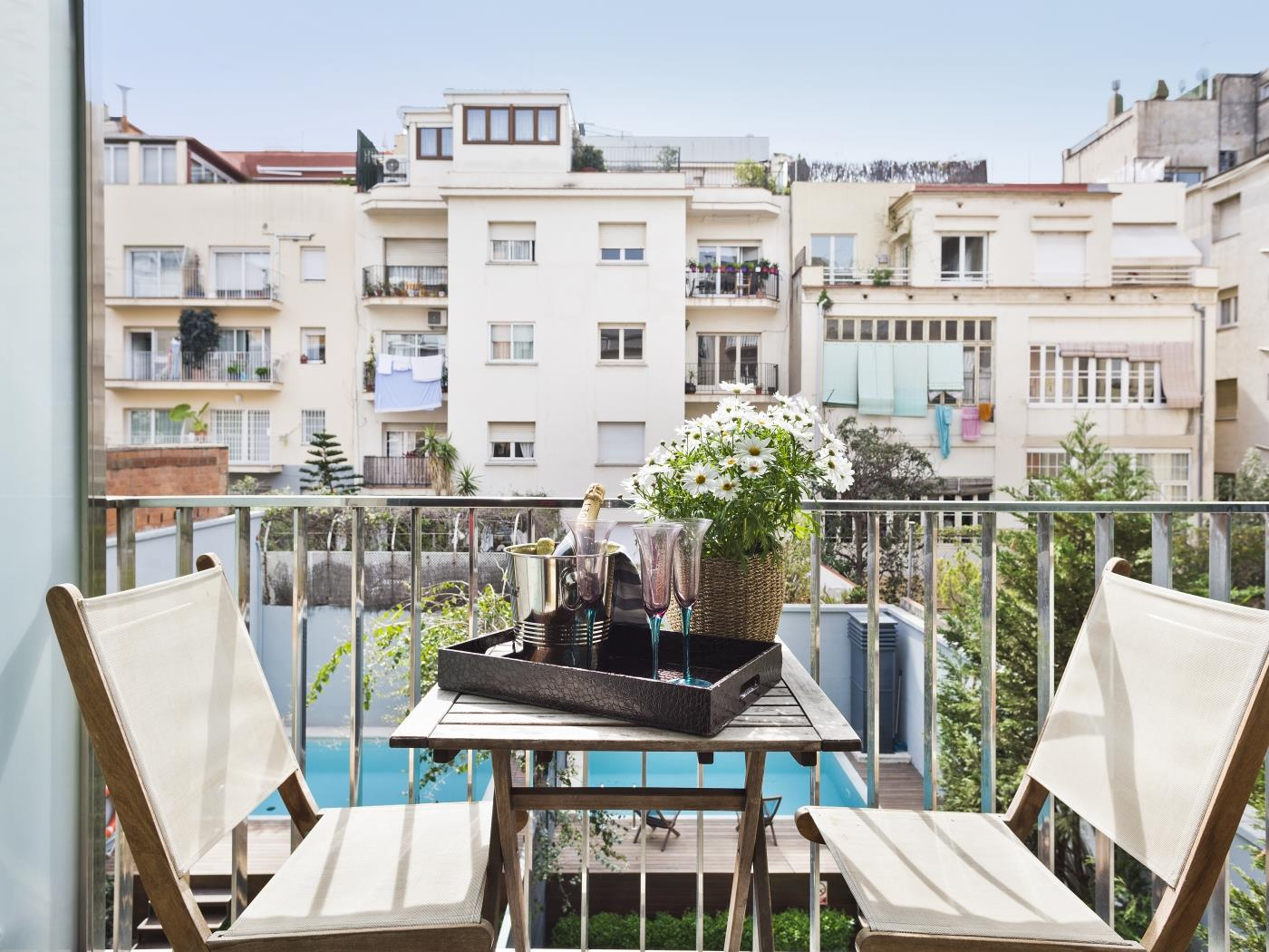 Executive Apartment in Sarrià – Sant Gervasi with terrace for 4 - My Space Barcelona Apartments