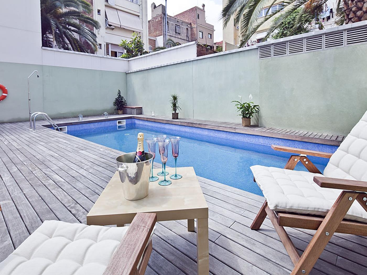 Pool and Terrace Apartment in Gràcia for 6 - My Space Barcelona Apartments