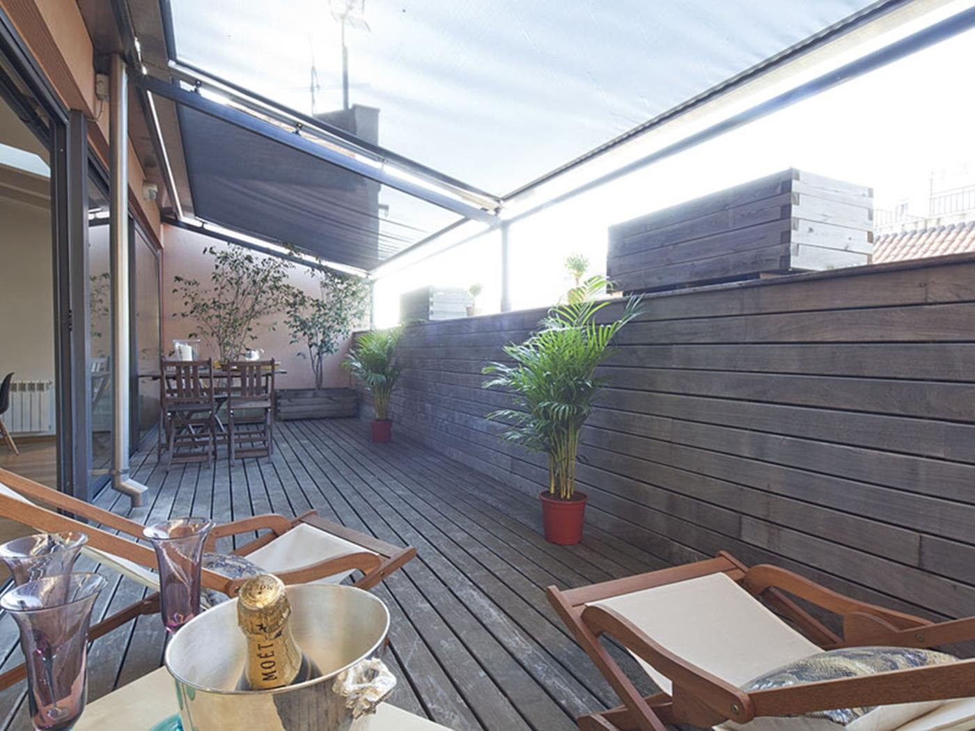 Attic Apartment in Bonanova with Private Terrace for 6 - My Space Barcelona Apartments