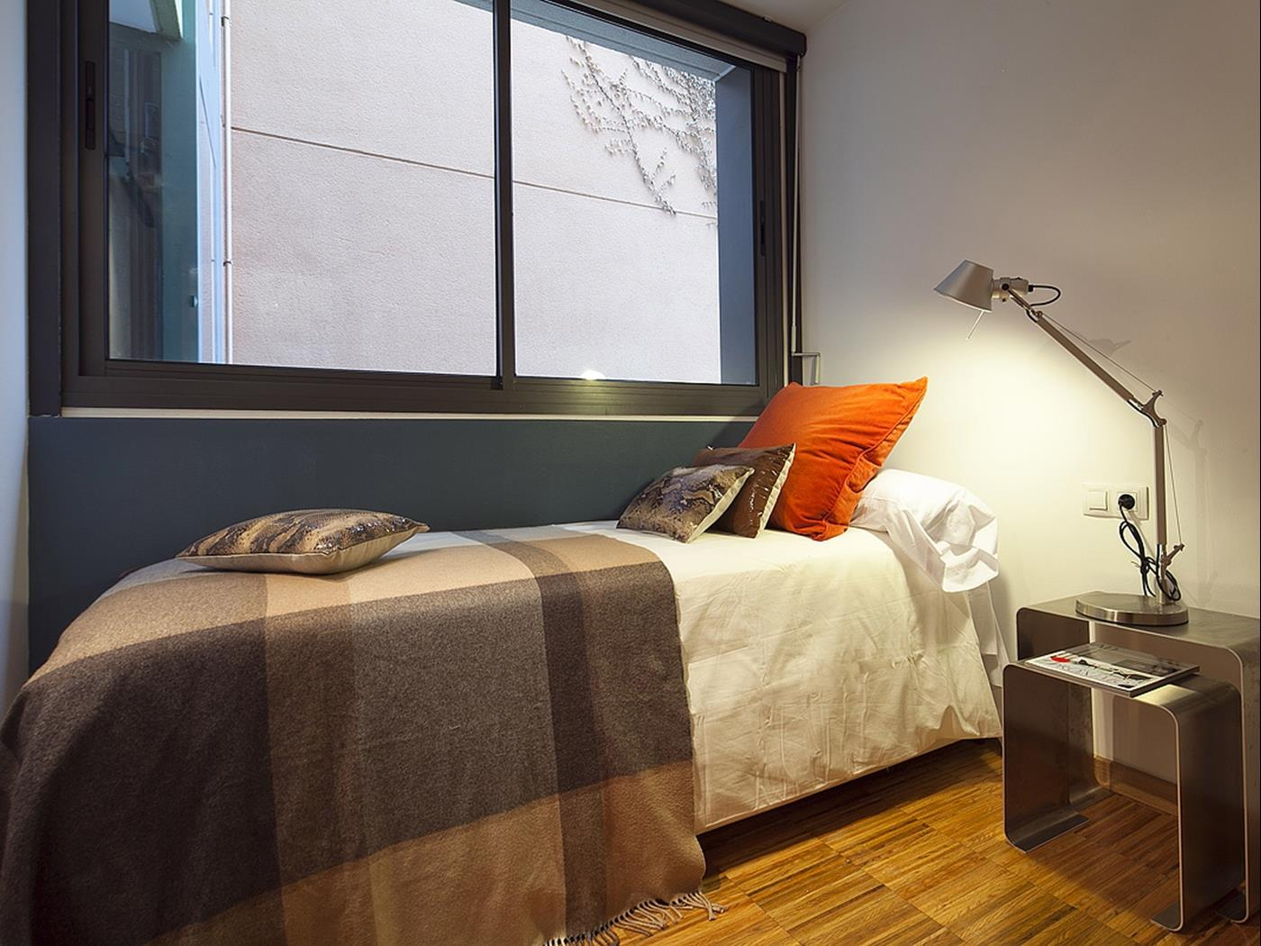 Duplex in Barcelona City Center and access to swimming pool for 6 - My Space Barcelona Apartments