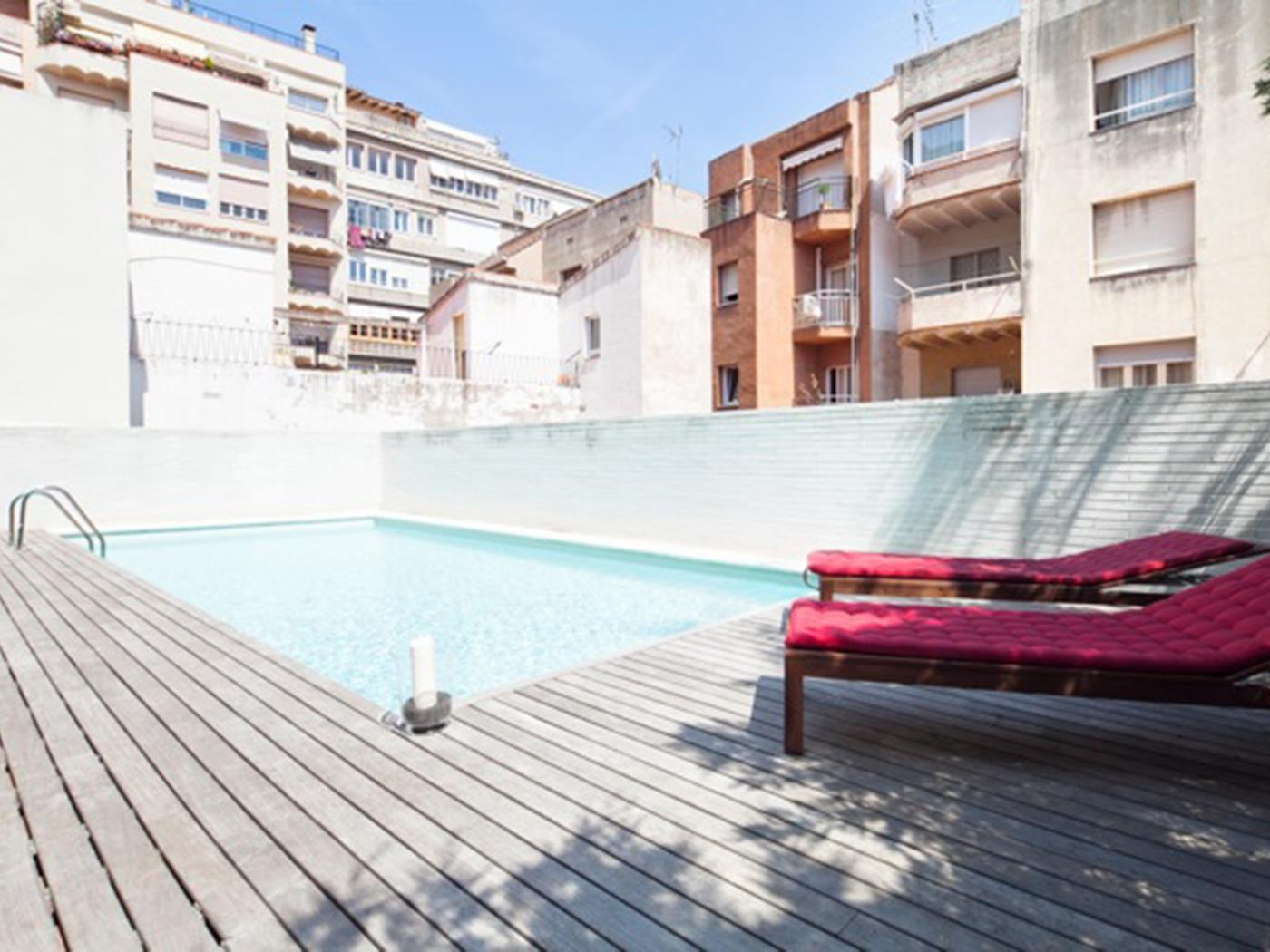 Apartment with Terrace and Pool near Park Güell for 8 - My Space Barcelona Apartments