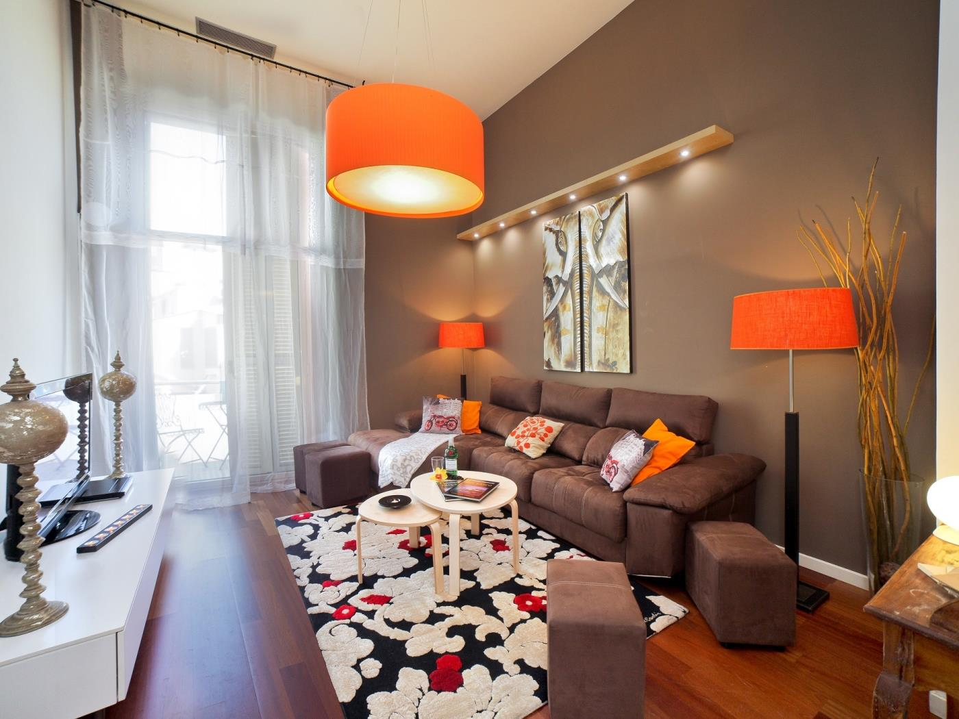 Luxury Duplex Design Apartment in Passeo de Gracia/Pl. Catalunya for 10 - My Space Barcelona Apartments