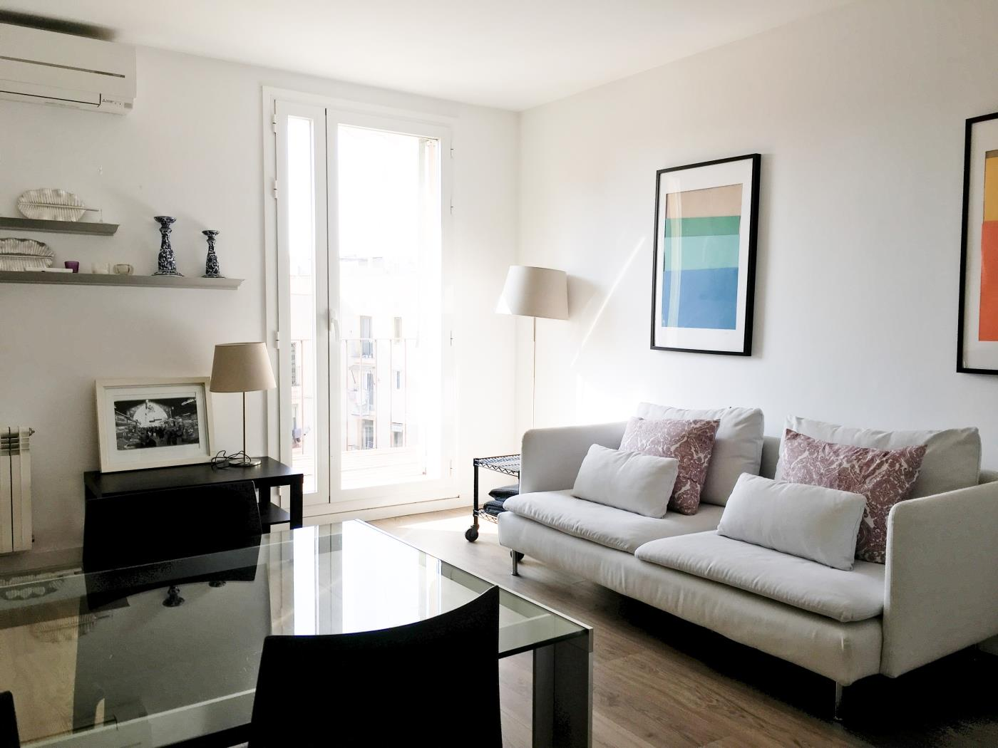 Penthouse with private terrace in Las Ramblas city centre in Barcelona for 4 - My Space Barcelona Apartments