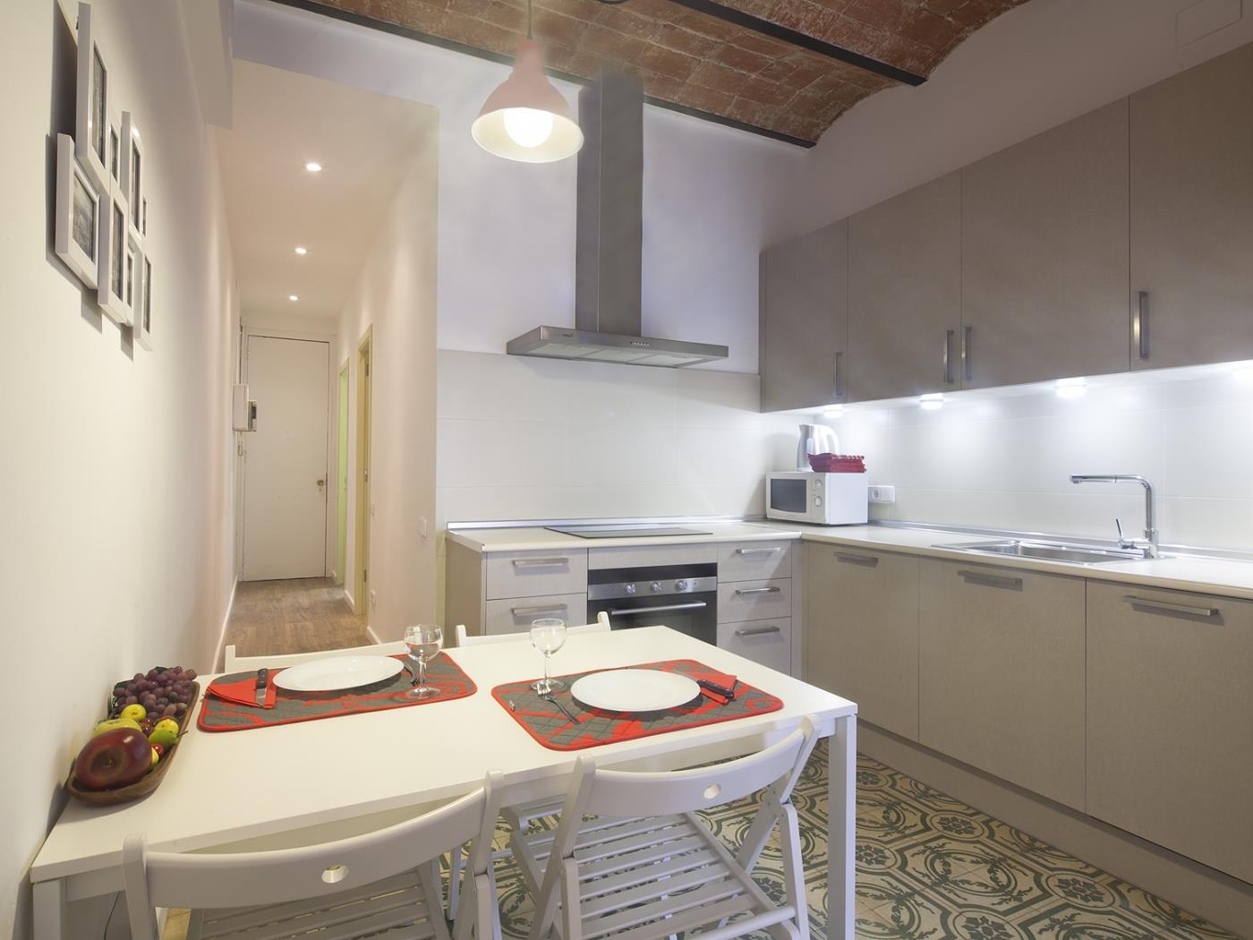 The best located near Sagrada Familia ideal for groups for 6 - My Space Barcelona Apartments