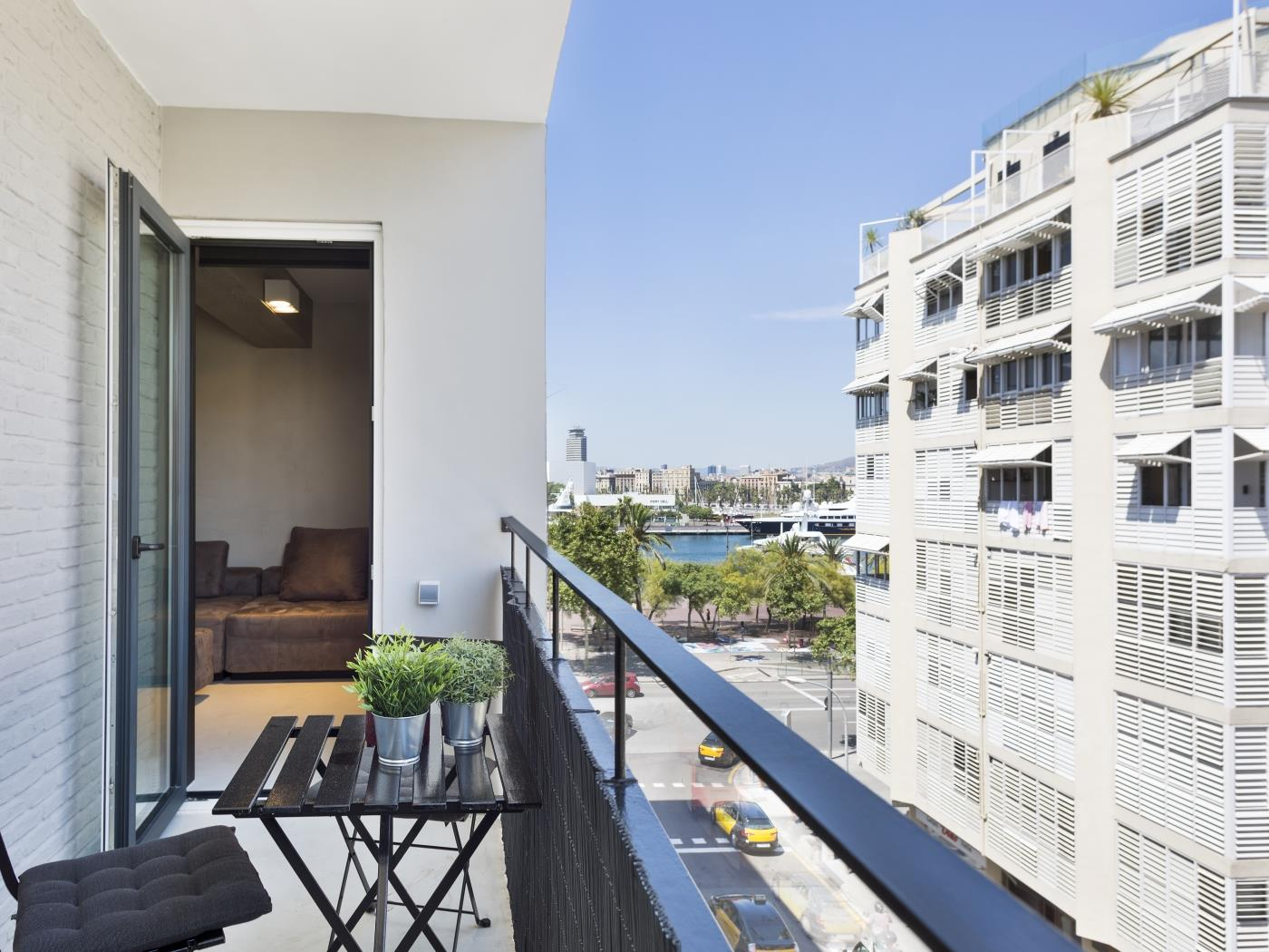 Beautiful luxury apartment in the Port of Barcelona with private terrace for 4 - My Space Barcelona Apartments