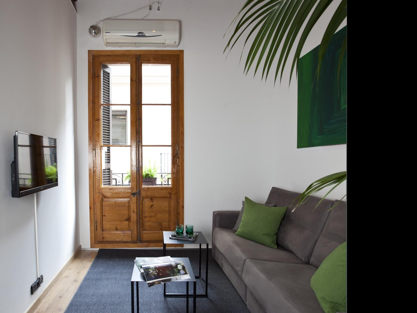 Central apartment ideal for groups in Gràcia with balcony for 9 - My Space Barcelona Apartments