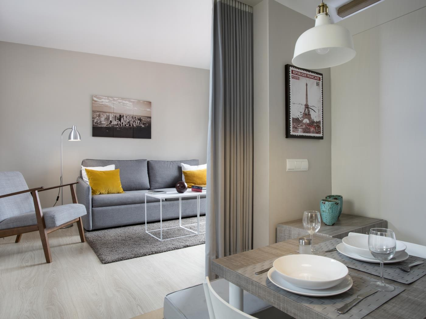 Attic apartment with terrace near the Sagrada Familia ideal for families for 4 - My Space Barcelona Apartments