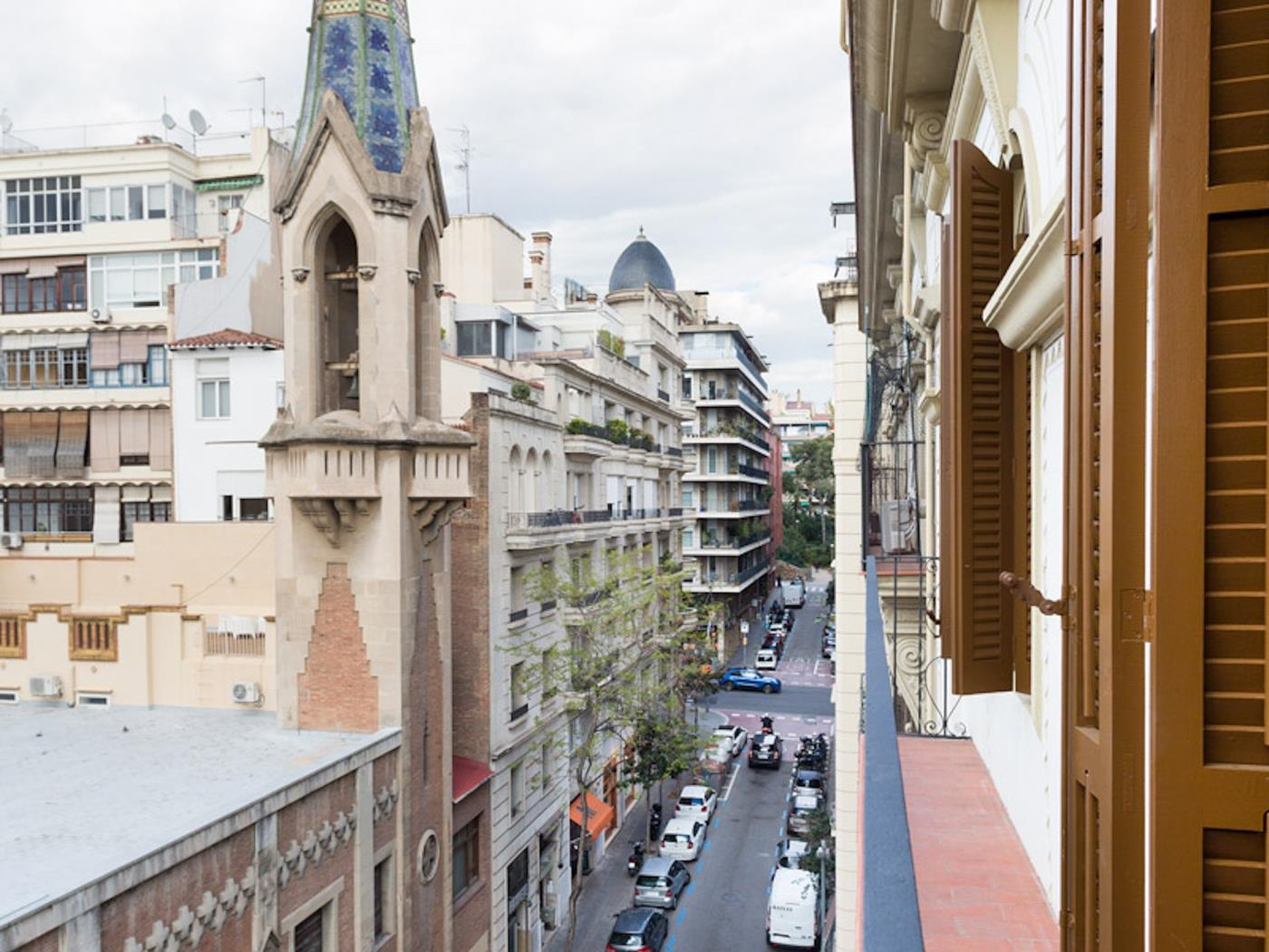 Stunning one bedroom apartment in amazing location with private balcony - My Space Barcelona Apartments