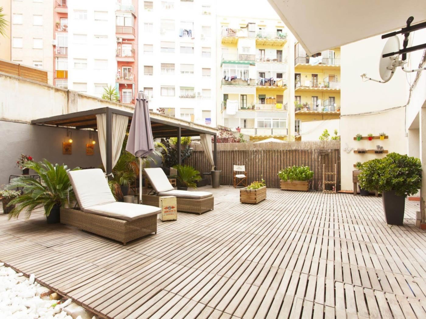 Big and spacious apartment with a beautiful and large terrace near to Plaza de E - My Space Barcelona Apartments