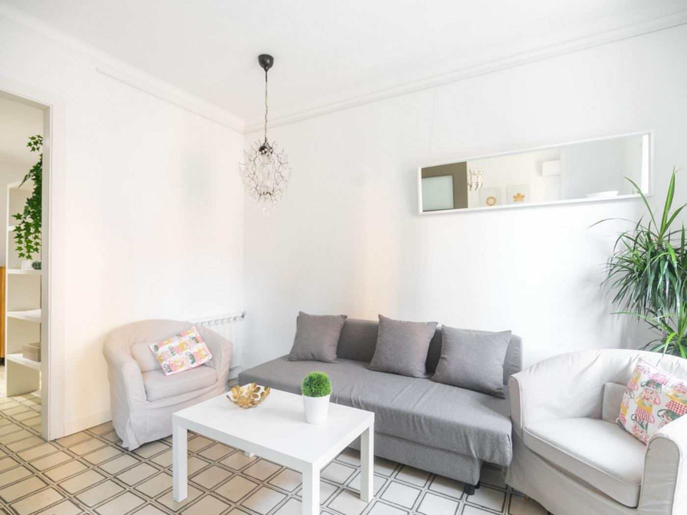 Lovely apartment in the heart of the Eixample with a balcony for 4 - My Space Barcelona Apartments