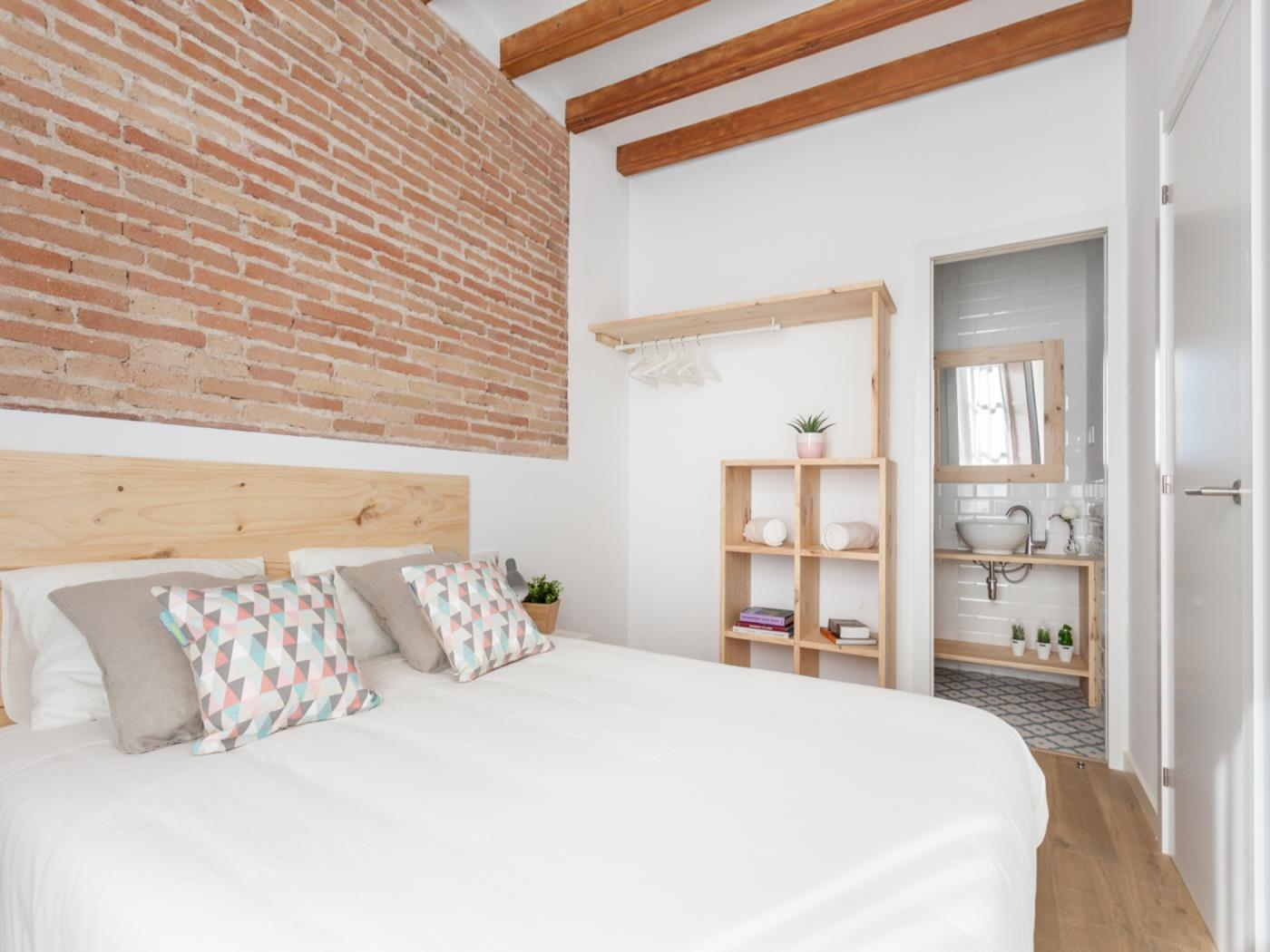 Modern apartment in the heart of Barcelona ideal for small families for 4 - My Space Barcelona Apartments