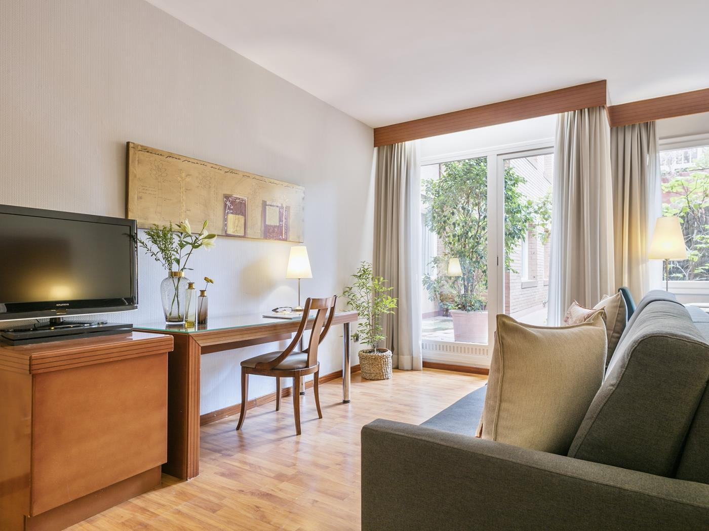 Elegant apartment for long-term rentals in Sant Gervasi with optional parking - My Space Barcelona Apartments