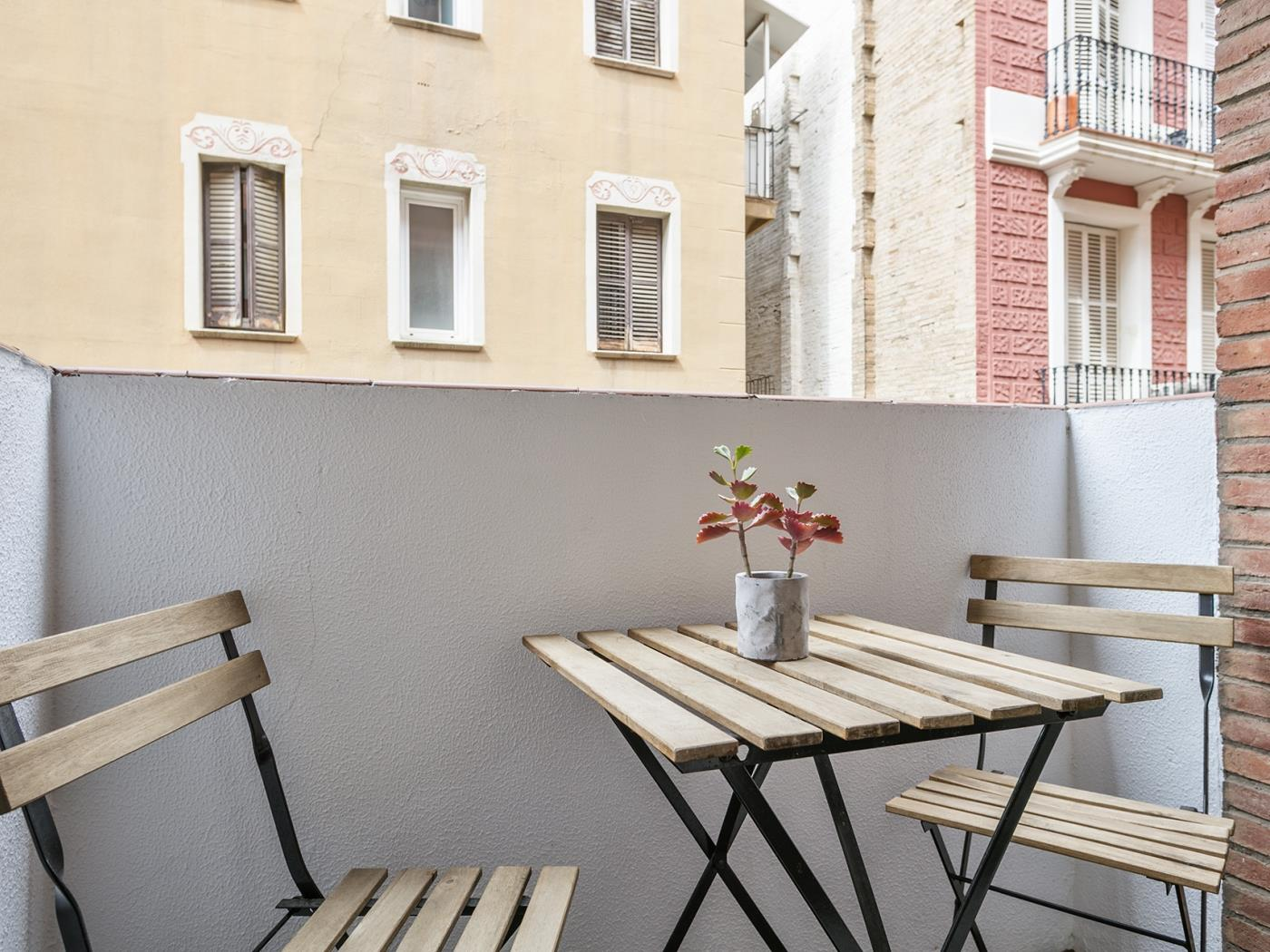 Elegant apartment with private terrace for montly rentals with optional parking - My Space Barcelona Apartments