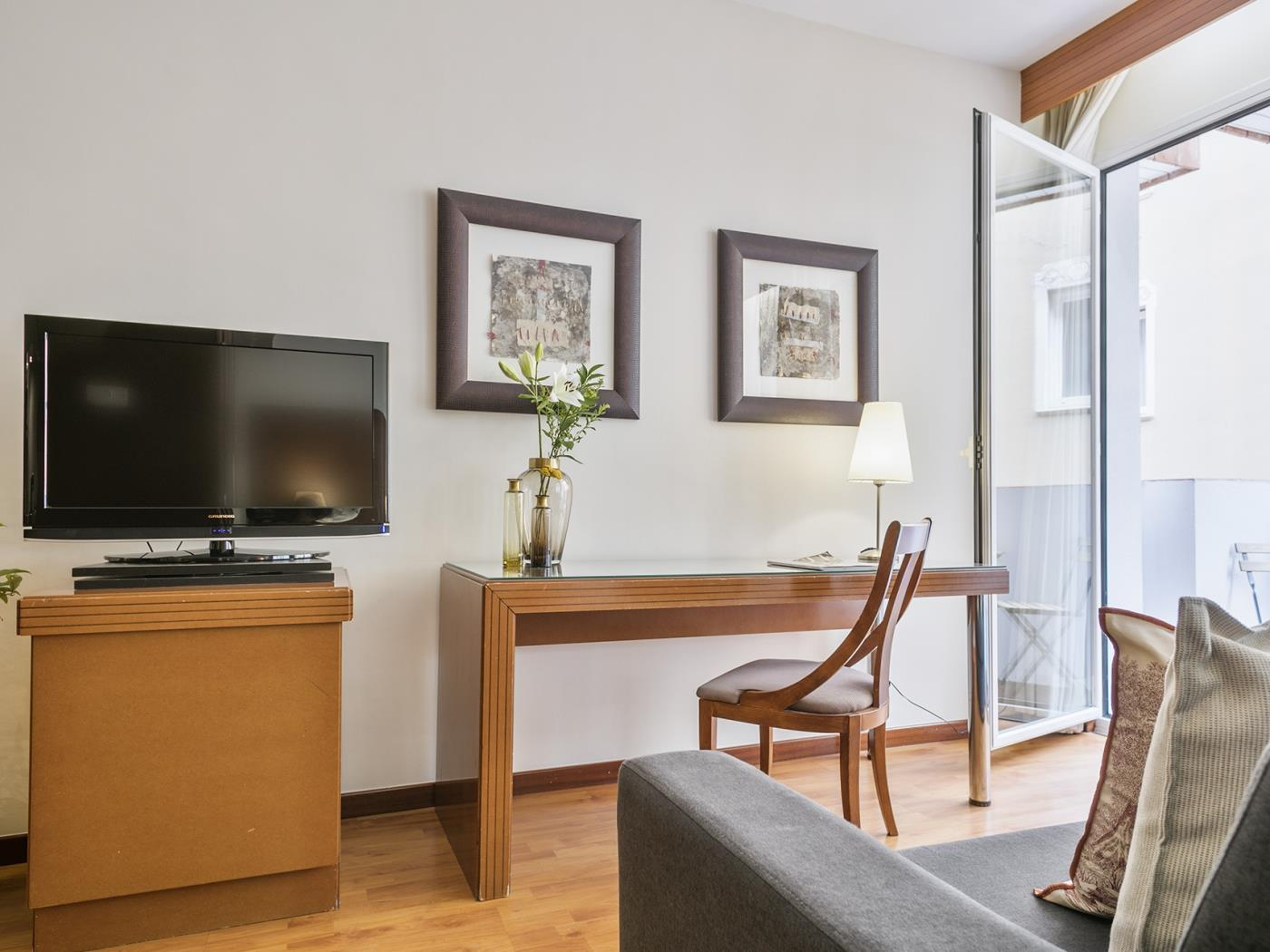 Cozy bright studio apartment for monthly rentals in Sant Gervasi - My Space Barcelona Apartments