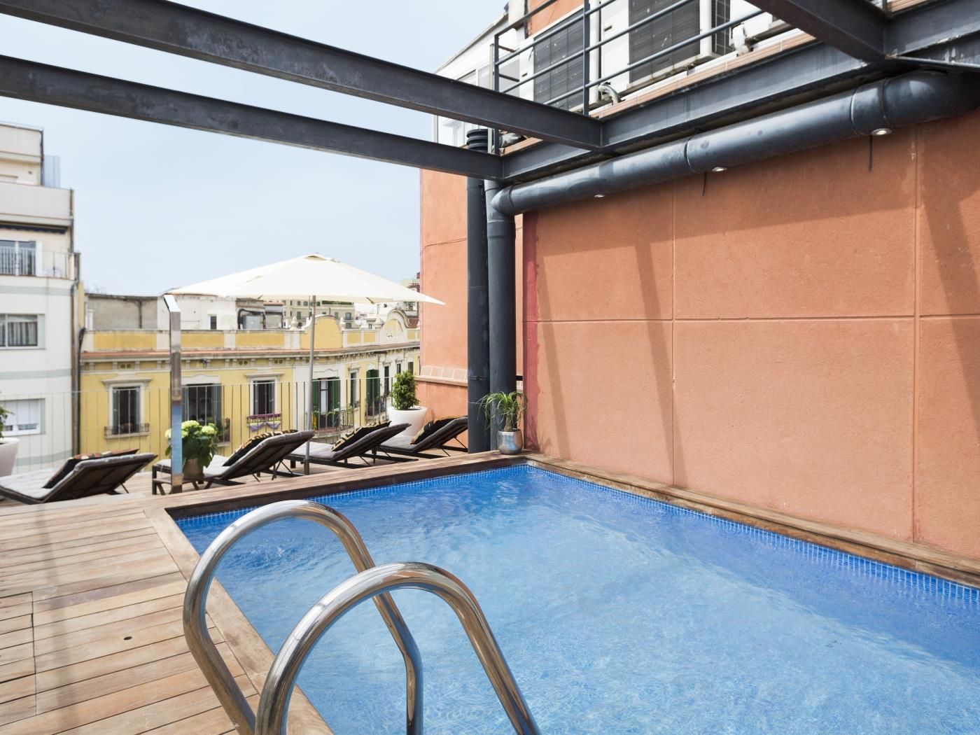 Room in Eixample ideal for students in building with terrace and swimming pool - My Space Barcelona Apartments