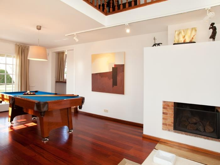Exclusive villa in Barcelona with amazing views, solarium, pool and parking - My Space Sant Just Desvern Apartments