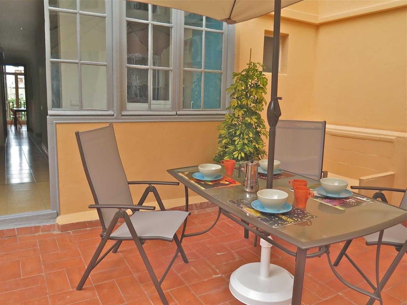Bright apartment with terrace near Sagrada Familia for temporary rentals - My Space Barcelona Apartments
