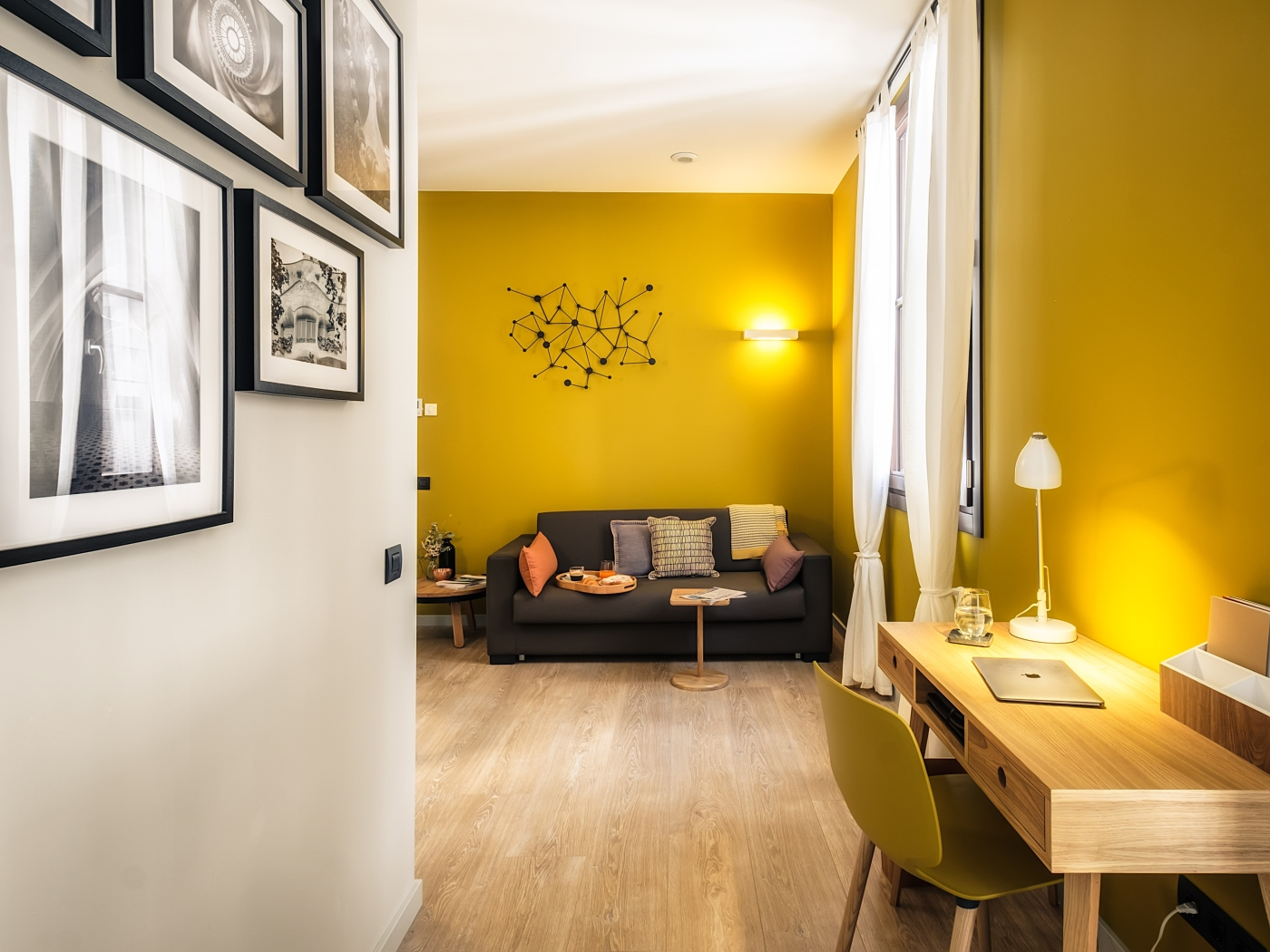 Elegant modern apartment in the city centre in Sants for long term rentals - My Space Barcelona Apartments